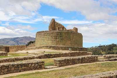 Fortaleza de Ingapirca y Templo del Sol