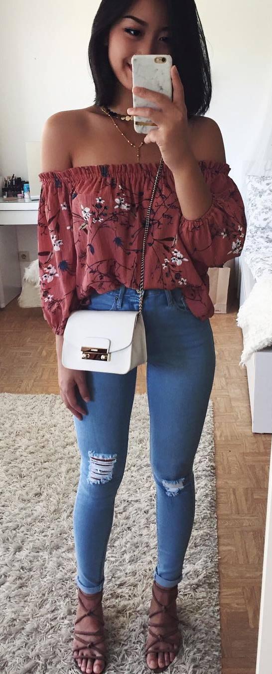 trendy spring outfit_off shoulder printed top + bag + skinnies + heels