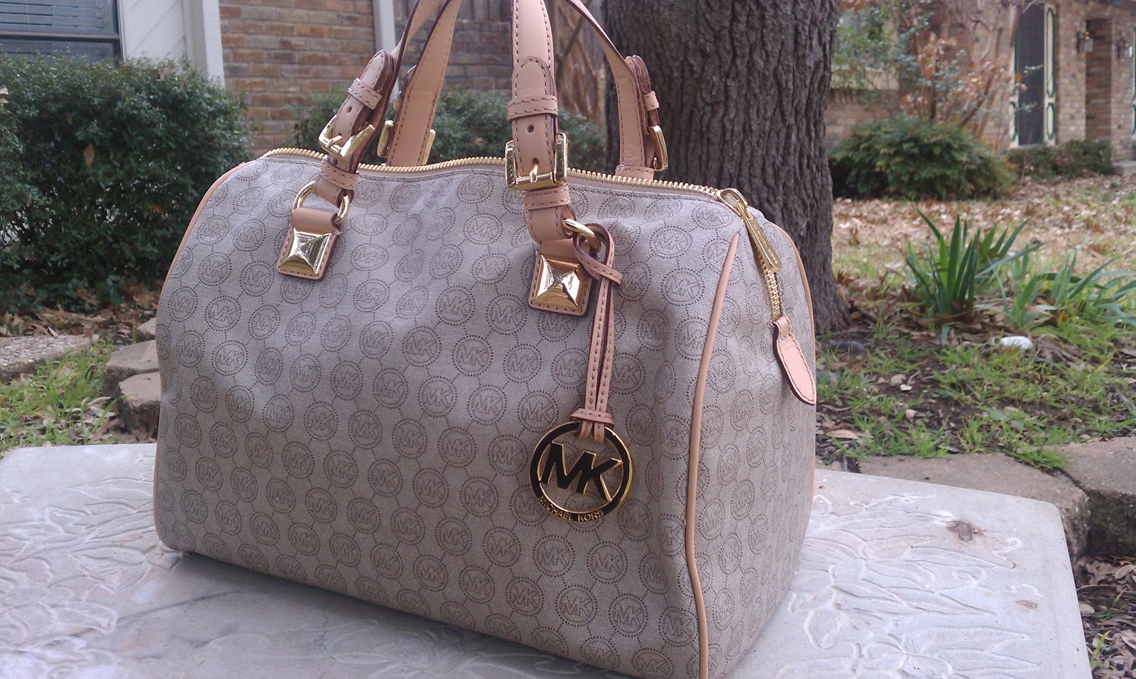 Handbag Review Michael Kors Grayson Large Monogram Satchel Daydreaming Maven