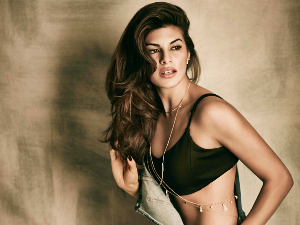 Watch and download Bollywood actress Jacqueline Fernandez HD HQ Wallpapers, Jacqueline Fernandez Hot Wallpapers Download
