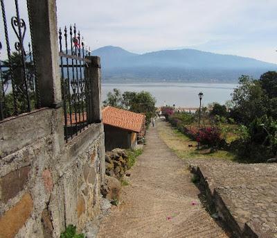 Isla de la Pacanda en el Lago de Pátzcuaro, Michoacán