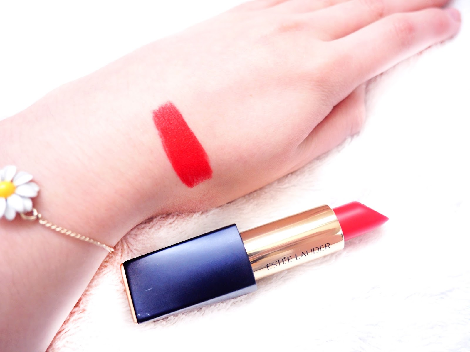 Estée Lauder Pure Colour Envy Matte Sculpting Lipstick Restless Review