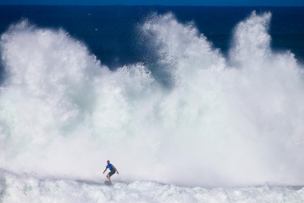 10 Jamie O Brien HAW 2015 Vans World Cup Fotos WSL Laurent Masurel