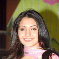 Anushka sharma cute images