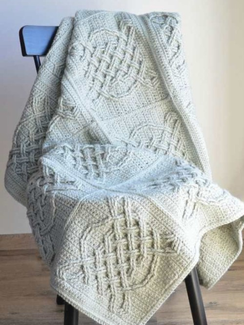 Celtic Tiles Blanket - Free Pattern