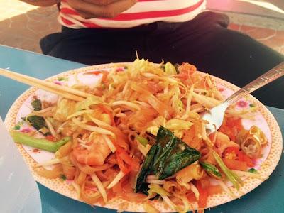 Pad tahi, kuliner Bangkok