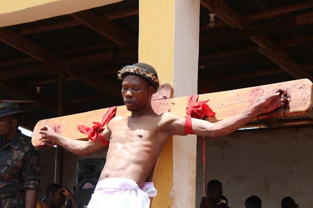 Jesus Dies On The Cross ____Photo/Video Speak: Saint Anthony Parish Otukpo Passion Of Christ (Passion Play) 2017___