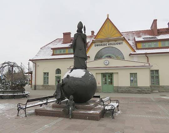 Pomnik Świętego Mikołaja w Rabce-Zdroju.
