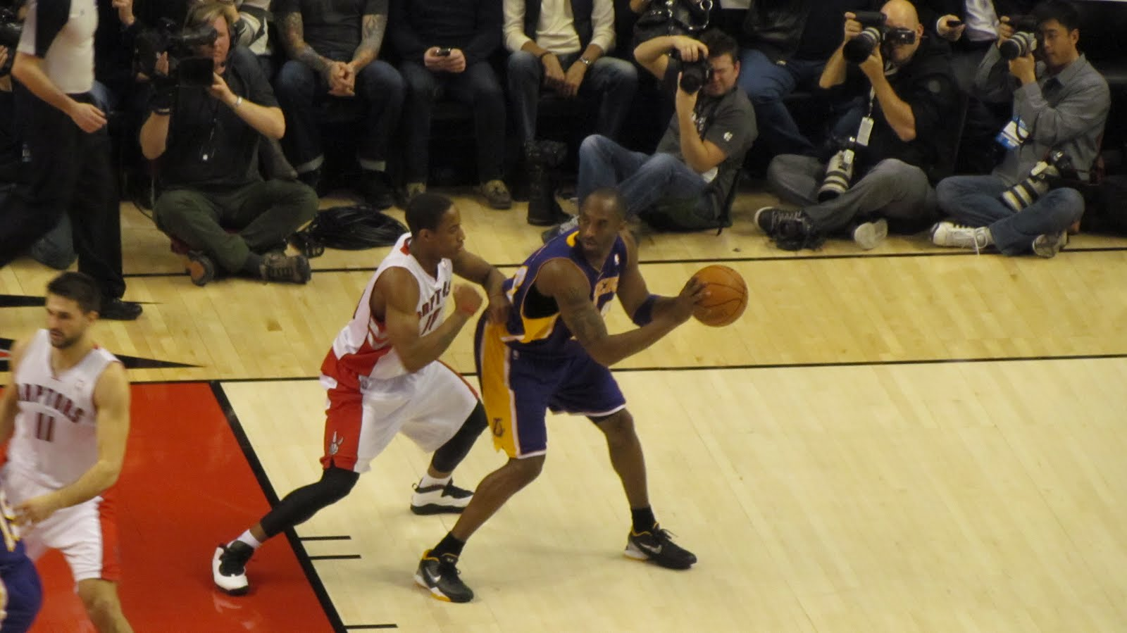 Lakers Vs Raptors Detail: The World Of Gord: Raptors Vs Lakers At The ACC