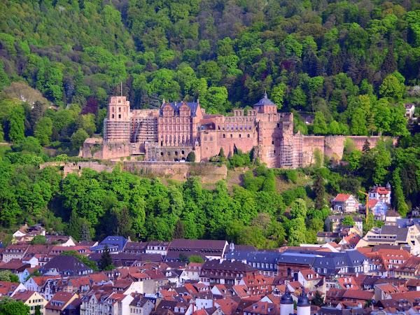 Heidelberg, Kota Romantis dan Penuh Inspirasi di Tepi Sungai Neckar