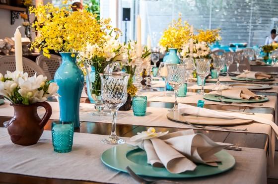 c5f95a2a1b INSPIRAÇÃO Casamento Azul Tiffany e Amarelo Casar é um Barato