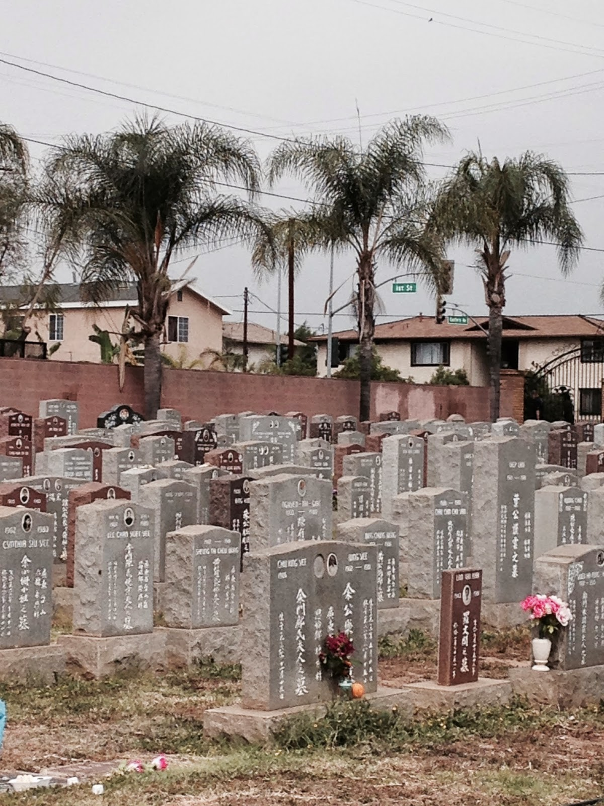 Los angeles revisited history of east los angeles cal this view by the corner of 1st and eastern shows the modern headstones these facing east whereas the previous picture shows the older headstones facing yadclub Gallery