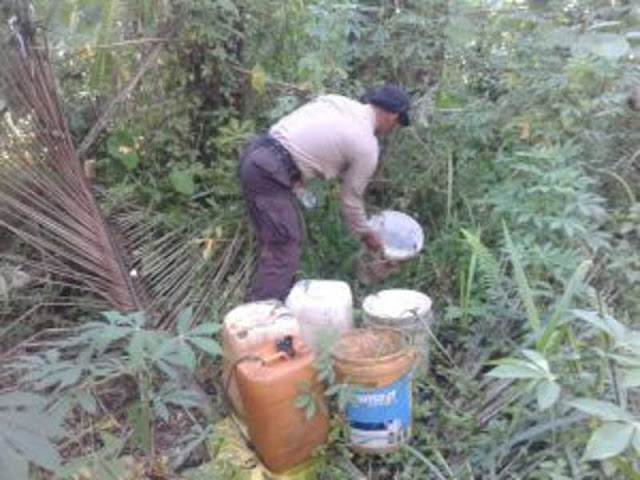 Polres Halmahera Selatan Razia 125 Liter Saguer di Tomori