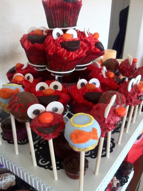 Cake Pop Queens Elmo Pops