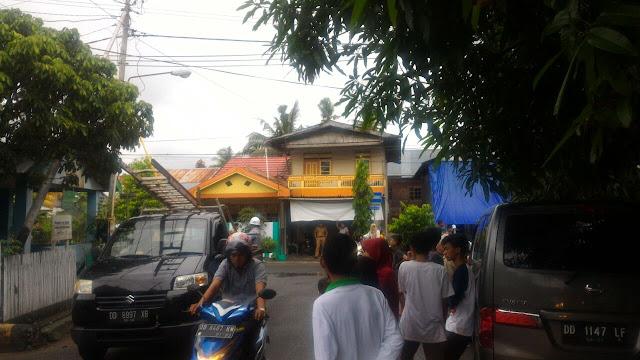 Jaringan Kabel PLN, Dijalan Hati Mulia - Ra. Kartini Terbakar