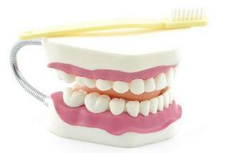 Cara Alami Mengobati Gigi Sensitif atau Ngilu