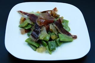 judías verdes con tocino de jamón ibérico de bellota