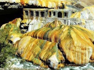 Antigo Hotel e Águas Termais, Puente del Inca