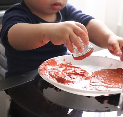 peindre avec un bébé