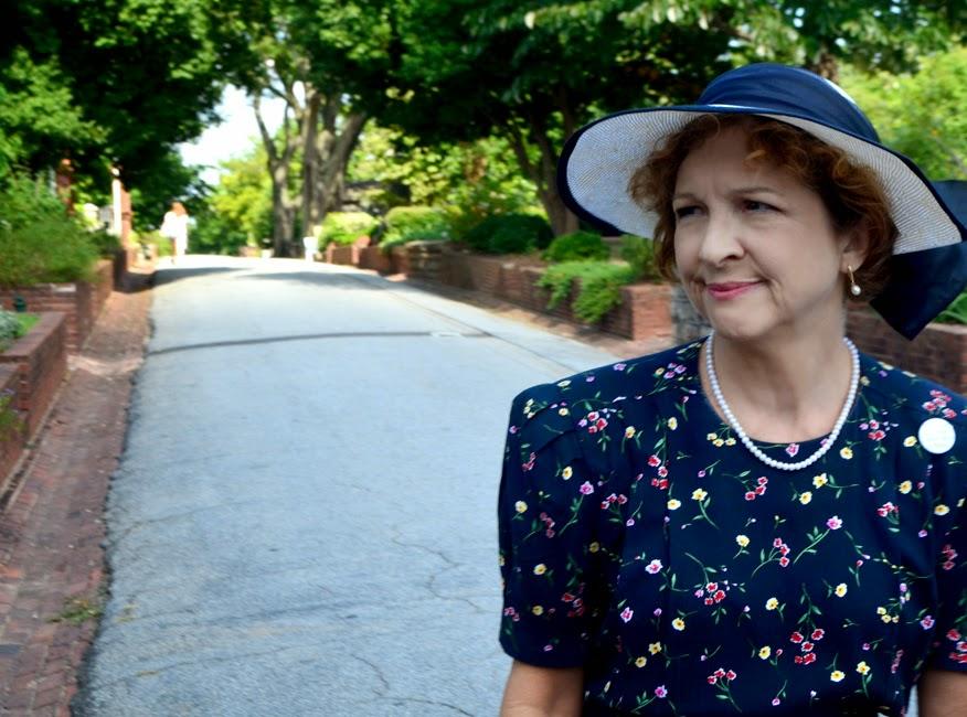 Sally Smith, AKA Margaret Mitchell, Atlanta Movie Tours, Oakland Cemetery