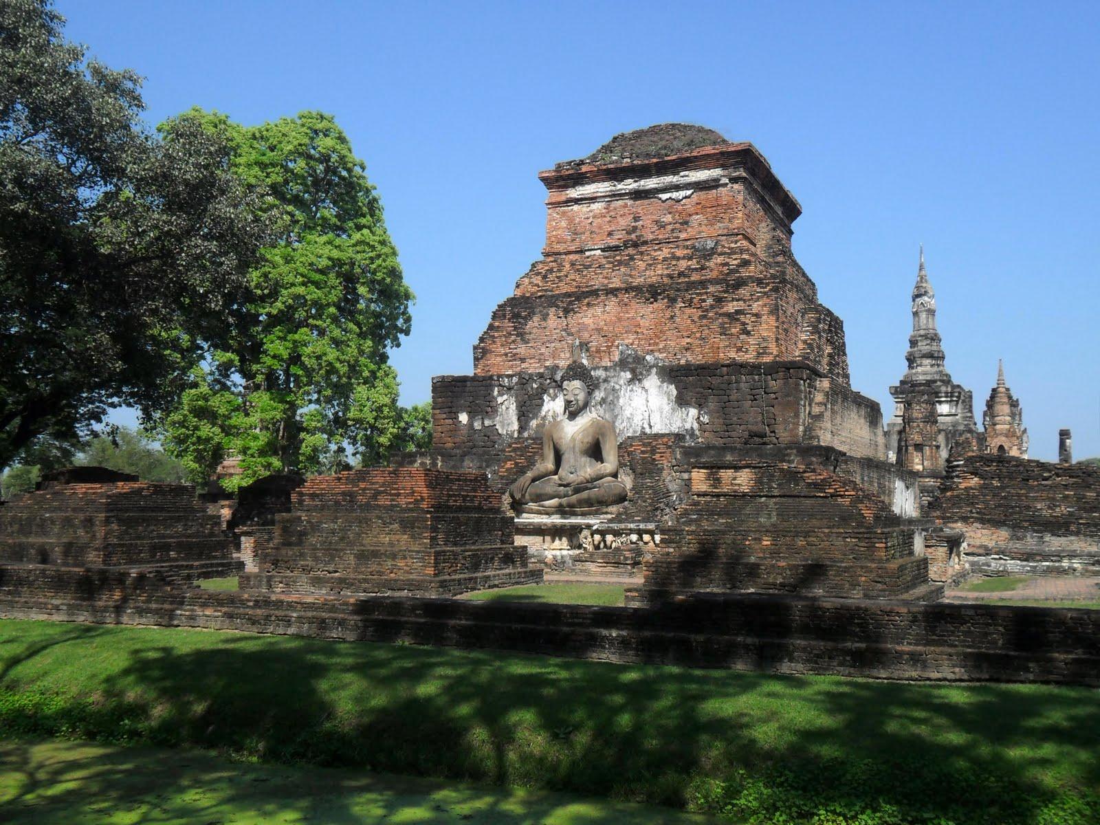 Freelance Flaneur Sufferin Sukhothai