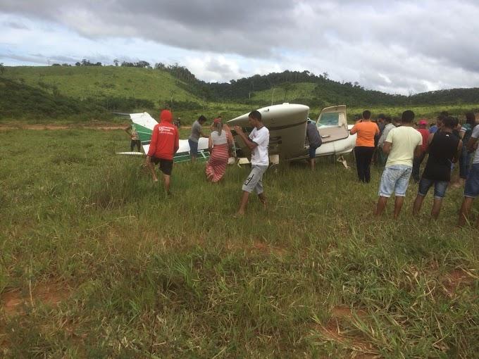 Avião faz pouso forçado na região de Creporizão em Itaituba