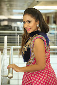 Srilekha reddy new glam photos-thumbnail-19