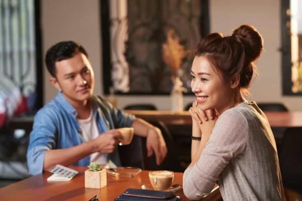 Berkhayal Sedang Dicintai Orang Lain? Itu Gejala Sindrom Erotomania!