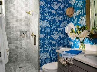 penyebab-wallpaper-dinding-berjamur.jpg