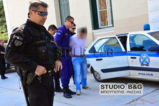 Επεισόδια σε καταυλισμό ΡΟΜΑ στο Άργος - Καταστηματάρχης καταδίωξε δράστη κλοπής - Επέμβαση της αστυνομίας