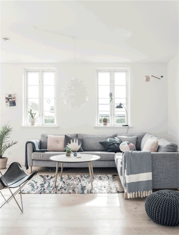 sofa gris claro chicanddeco