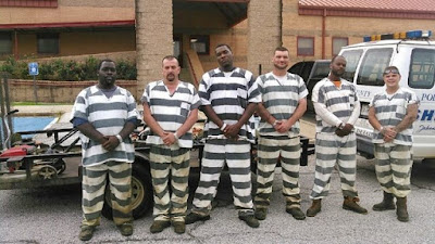 When a security officer collapsed in the heat, six prisoners of Polk County Jail chose not to escape in his van but instead used his phone to dial 911 and then performed CPR till emergency services arrived. They would later be thanked by the family of the officer with home cooked meals and desserts.