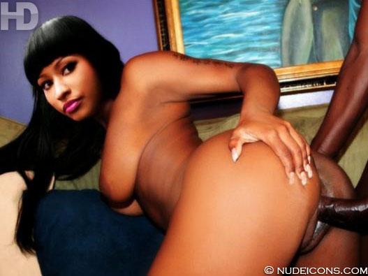 Free Nude hd pics of Nicki Minaj