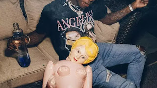Music :  Famous Dex – Weird Ass