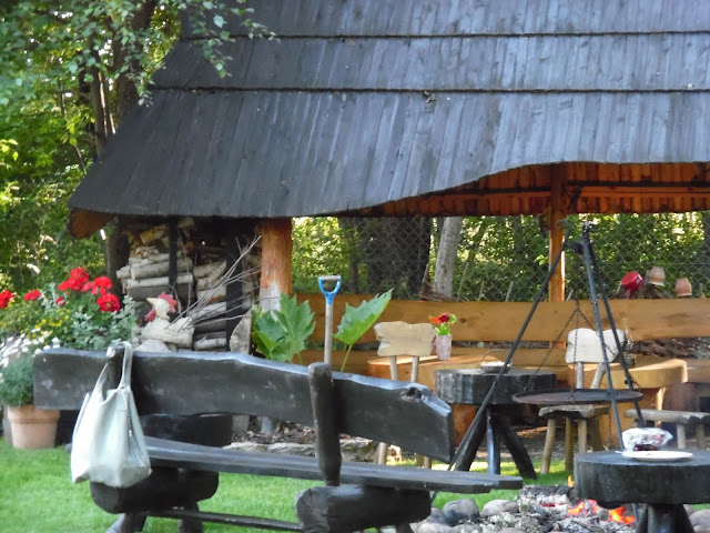 styl rustykalny w ogrodzie