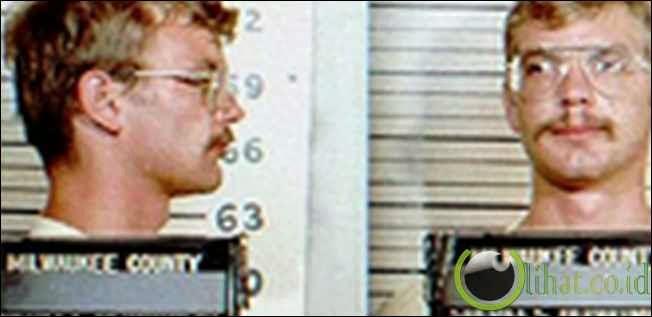 Jeffrey Dahmer (Pecinta Mayat)