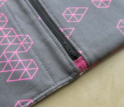 Luna Lovequilts - Wallet - Pattern by SLO Studio - Detail