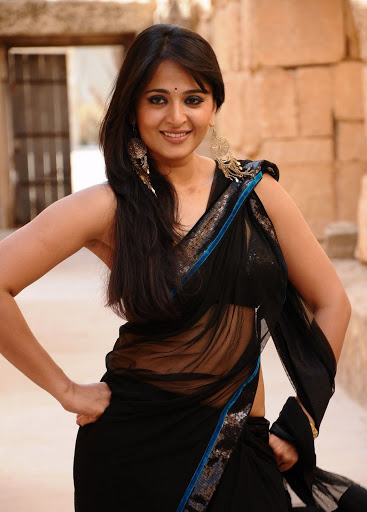 anushka in black saree wallpapers