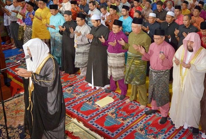 Bacaan Doa Qunut Lengkap Tolak Balak, Arab Latin dan Artinya