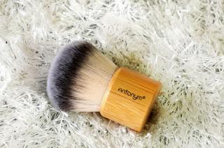 Antonym Cosmetics, Antonym Cosmetics Baked Foundation and Kabuki Brush, Vegan Cosmetics, makeup brushes, kabuki brush, Cruelty free cosmetics, makeup, beauty, beauty blog, makeup blog, top beauty blog of pakistan, makeup review, baked foundation, makeup online, red alice rao, redalicerao