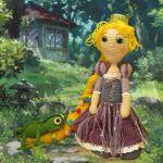 http://www.galamigurumis.com/rapunzel-princesa-crochet-patron/