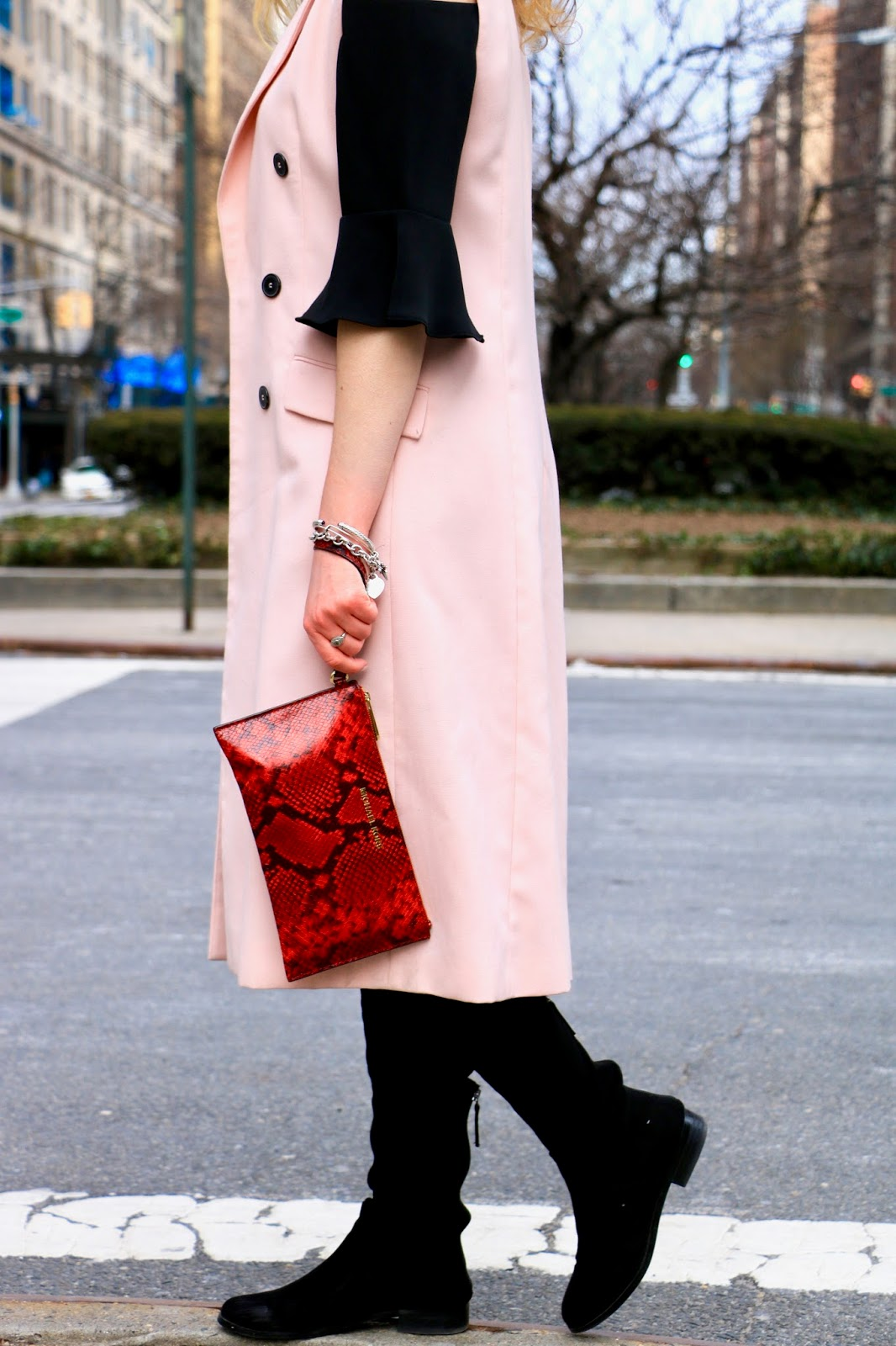 Nyc fashion blogger Kathleen Harper shows how to wear over-the-knee boots
