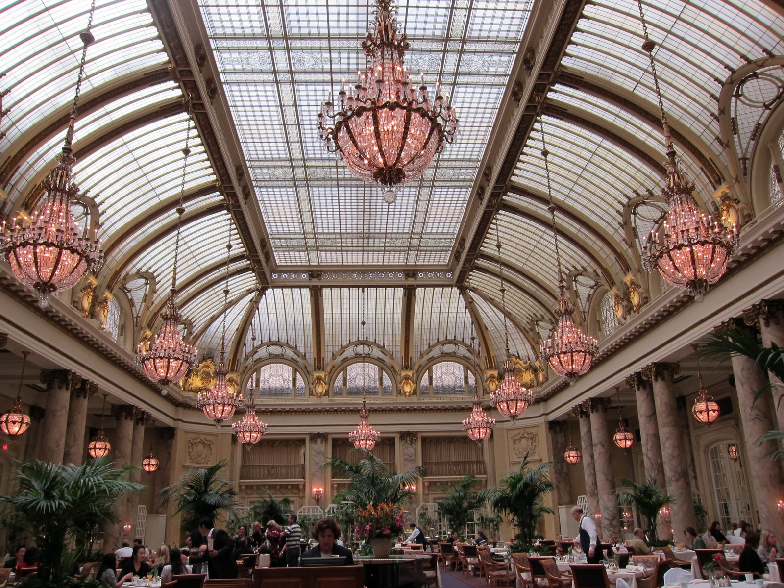 City Guides Walking Tour Of The Palace Hotel In San Francisco