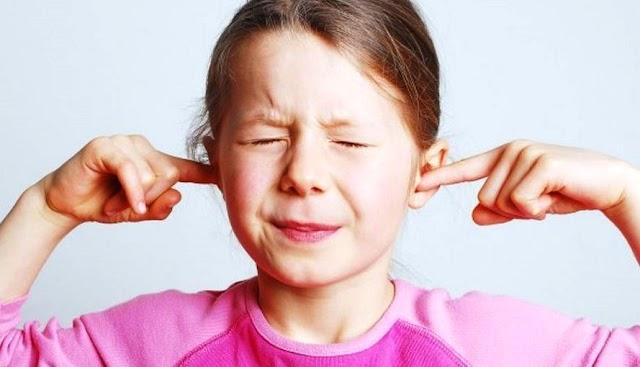 ¿Por qué se tapan los oídos cuando viajamos?