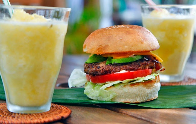 Avocado bacon cheeseburger and pineapple smoothie (Credit: climatenewsnetwork.net) Click to Enlarge.