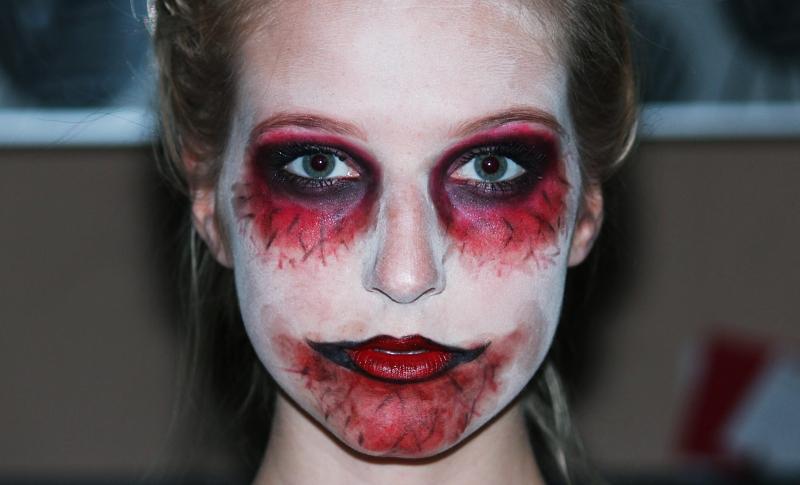 halloween zombie makeup tutorial. Black Bedroom Furniture Sets. Home Design Ideas