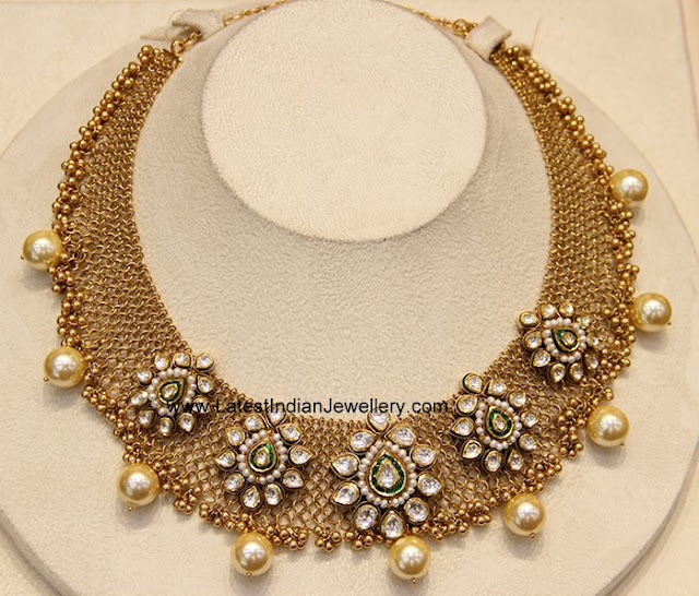Kundan Clasps Gold Mesh Necklace