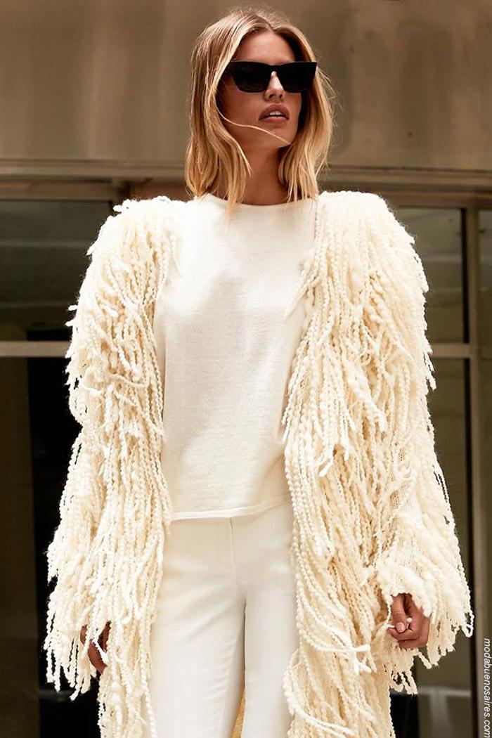 Tejidos invierno 2019 moda mujer tapados tejidos. Maxi tapados invierno 2019.