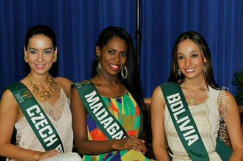 Group 1 Talent Competition (Vídeos) - Miss Earth 2014
