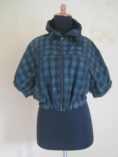 Jaket Wanita Hijau Kotak Ukuran S ( JKW 5 )